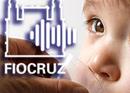 Criança tomando antibiótico