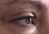 Frame do programa 'Sala de convidados', mostra detalhe do olho de uma entrevistada